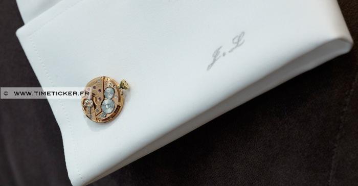 Boutons de Manchette en Mécanisme de Montre – Omega sur poignet de chemise
