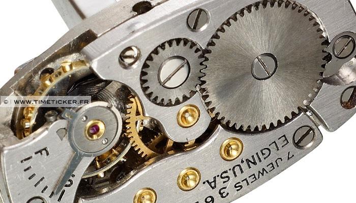 Boutons de Manchette en Mécanisme de Montre Elgin (Long) Close Up 2